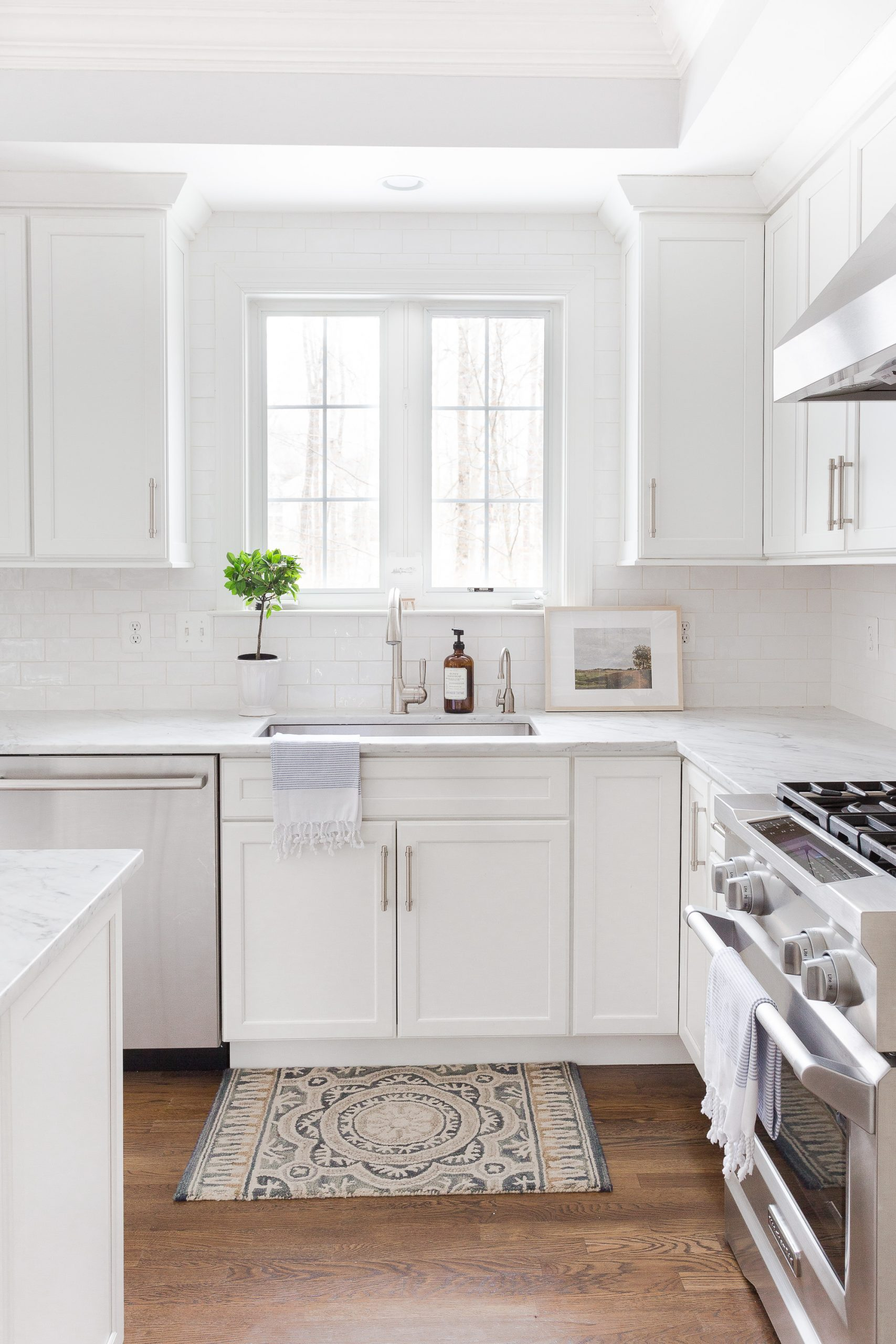 white kitchen and sink Mistakes to Avoid When Selling Your Home